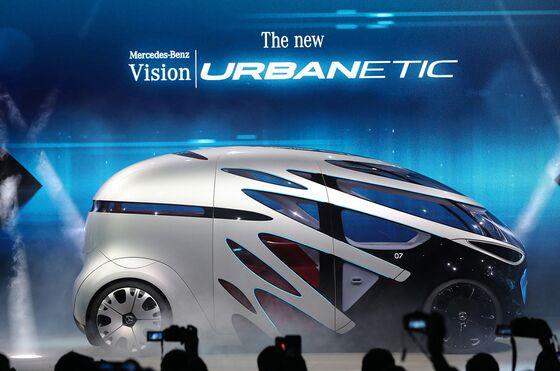 Daimler andBosch Cruise Into Robotaxi Era With Driverless Shuttles