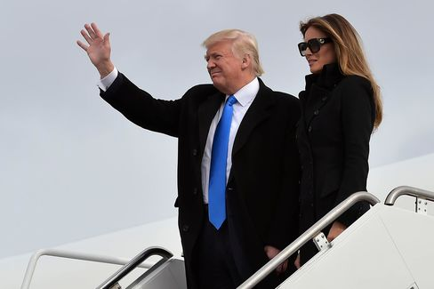 1484847225_trump-arrives-washington