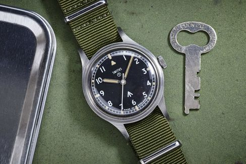 This is a great way to get into military watch collecting.