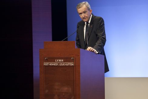 French Billionaire Arnault's LVMH Amasses EU4 Billion