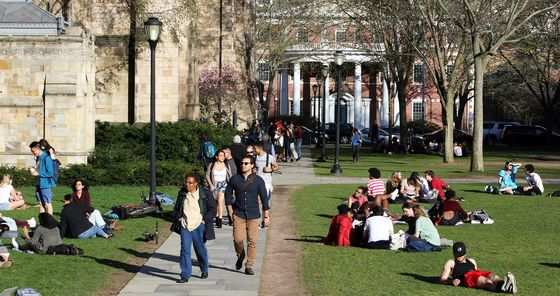 Yale Threat GivesTrump a New Wedge Against Affirmative Action