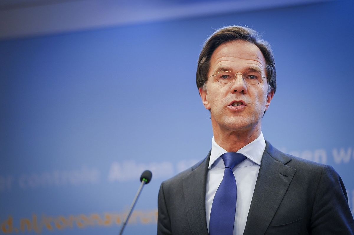 Dutch Leader Says Budget Perks Needed for EU-Wide Stimulus Deal