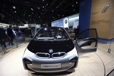 BMW Plans Electric-Car Service Package Including Gasoline Loaner