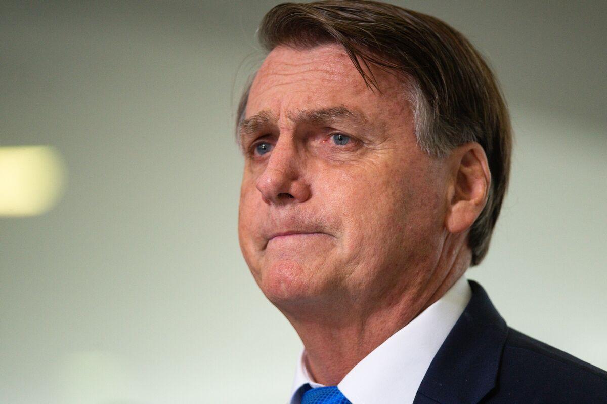 Bolsonaro Starts New Diet, Likely to Be DischargedSunday