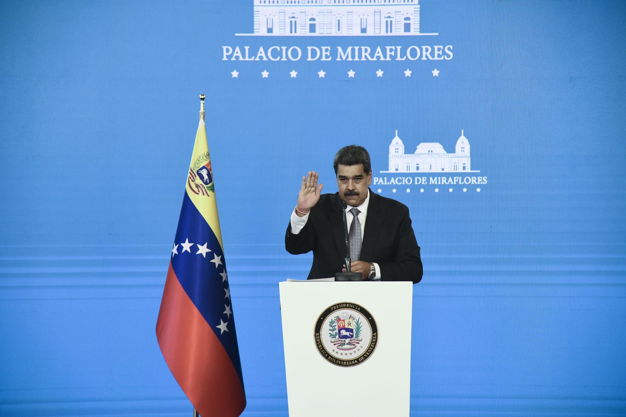 Presidente Maduro realiza conferencia de prensa luego de que Venezuela recibe su primera vacuna