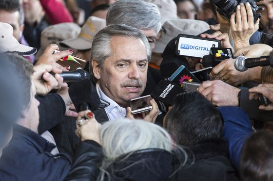 Argentina Miners Hope for Pragmatic Peronism Amid Project Freeze