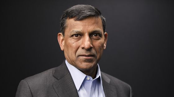 Fed Now Risks Too-Slow Taper After Too Fast in 2013, Rajan Says