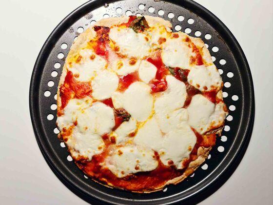 Francesco Mazzei's Beginners' Recipe for Making Pizza Margherita