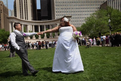 Illinois Lawmakers Lead Midwest Toward Making Gay Marriage Legal