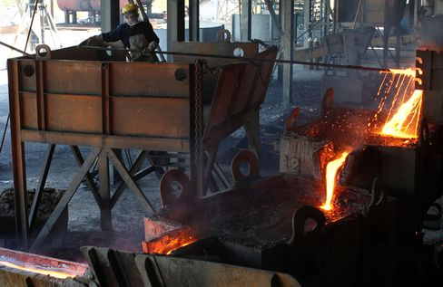 Indonesian Tin Smelters Halt Output Amid Bear-Market Rout