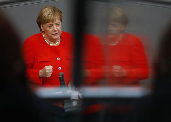 Merkel Says EU Elections to Be Ultimate Test of European Unity