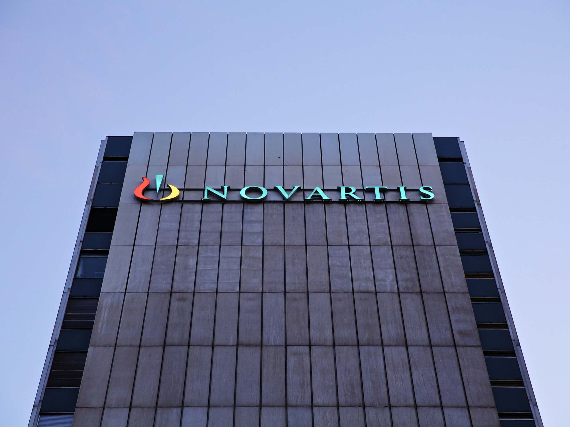 bloomberg.com - James Paton - Novartis Follows Pfizer in Holding Line on U.S. Prices
