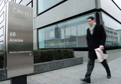 Pictet to Lombard Odier Win Clients Amid Swiss Secrecy Crackdown