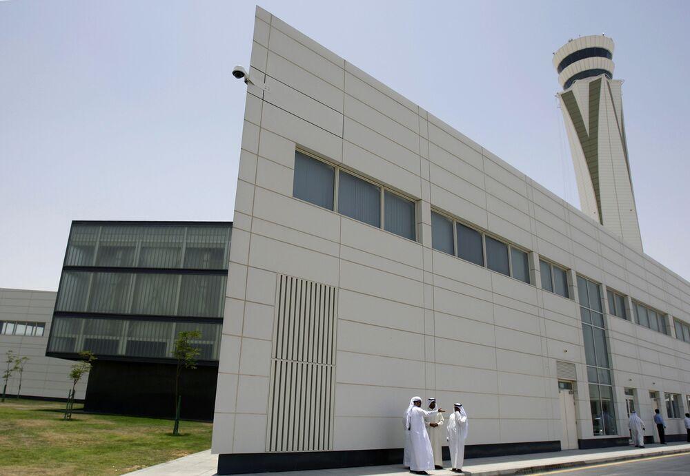 Dubai Halts Mega-Airport Project as Gulf Economies Stumble