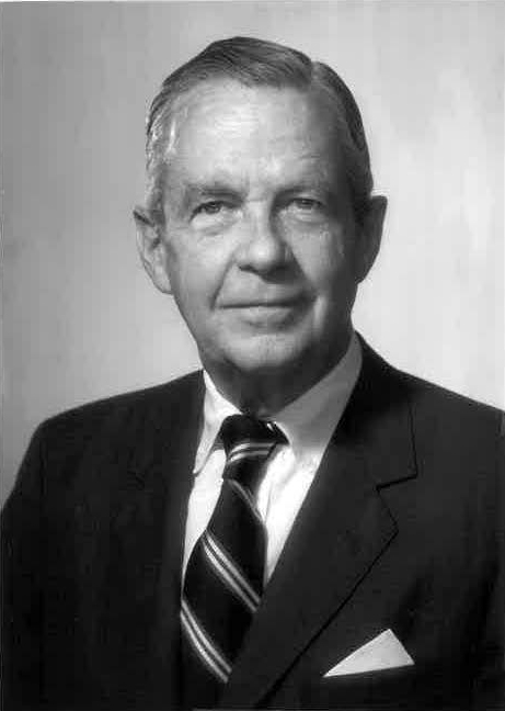 Willard Boothby, Eastman Dillon Head During Mergers, Dies at 92