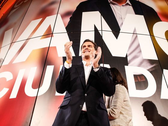 Sanchez Wins Spanish Vote But May Need Help From Separatists