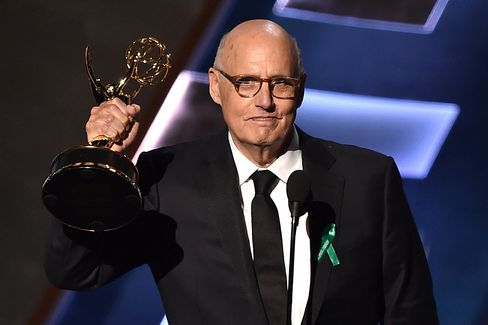 Actor Jeffrey Tambor accepts Outstanding Lead Actor in a Comedy Series for 'Transparent.'