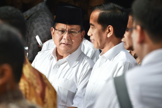 Jokowi Waiting for Indonesia Challenger as Deadline Looms
