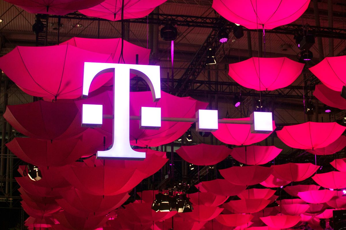 T-Mobile Plans $50 Broadband Service to Sway Approval for the Sprint Deal