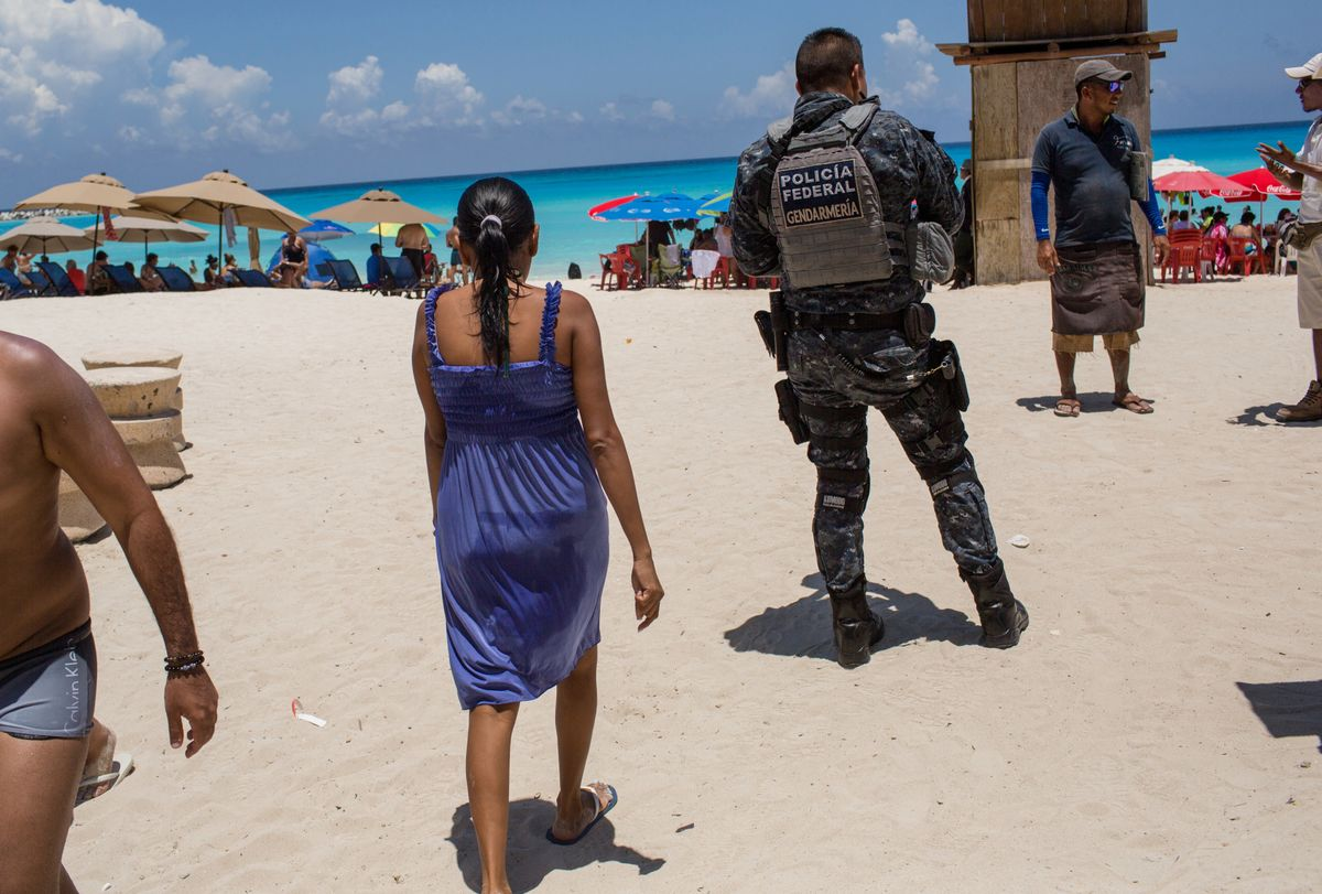 U.S. Warns Citizens About Traveling to Cancun
