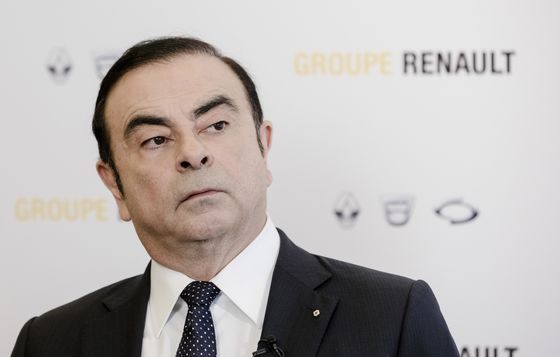 Nissan Board Divided Over Plan to Dismiss Carlos Ghosn