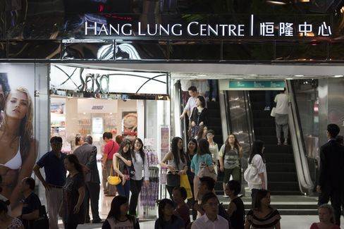 Hang Lung's Chan Says China Governments Keen to Sell More Land