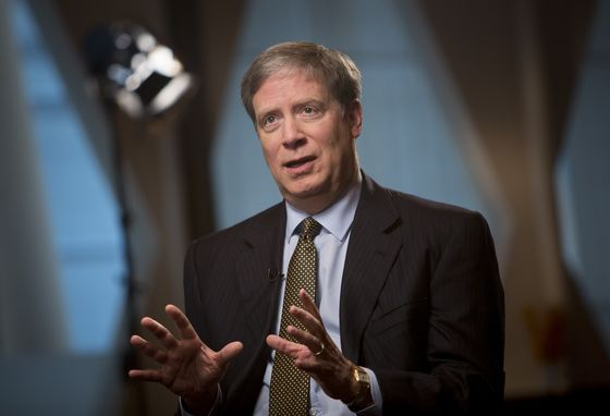 Druckenmiller Bets on China Tech as Former Boss Soros Buys Banks