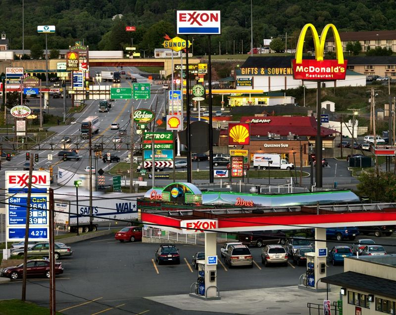 relates to What Internet Memes Get Wrong About Breezewood, Pennsylvania