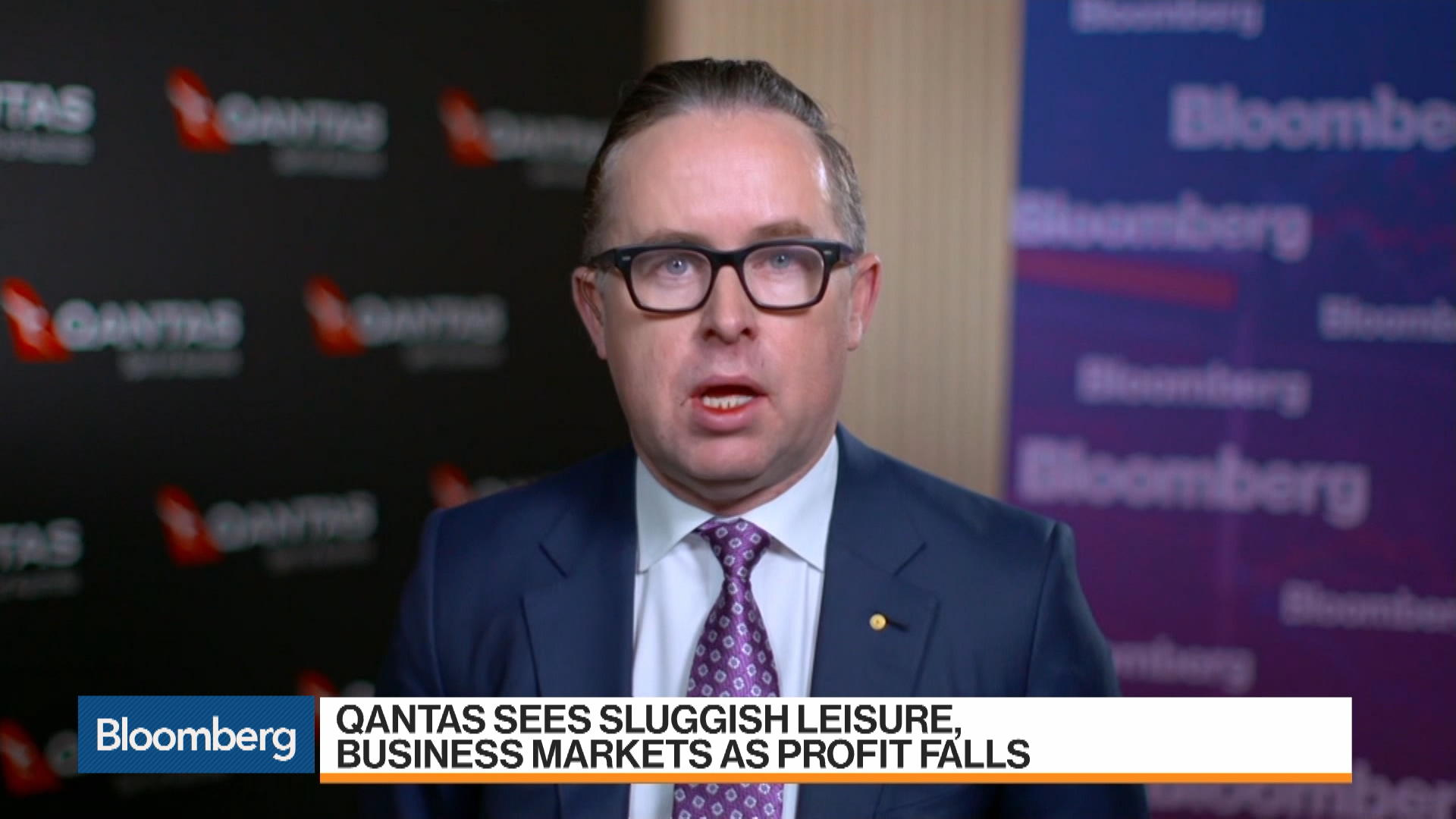Hong Ceo Kong Group On EarningsDemand FlightsProject Alan Joyce For Qantas Sunshine FJcKTl13