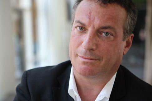 Pulitzer Prize Winner Tim Weiner's Five Essential Business Reads