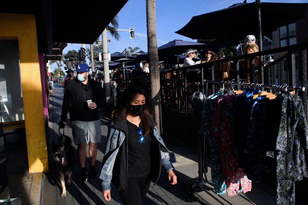 Busy Week for U.S. Economy Builds to Black Friday: Eco Week