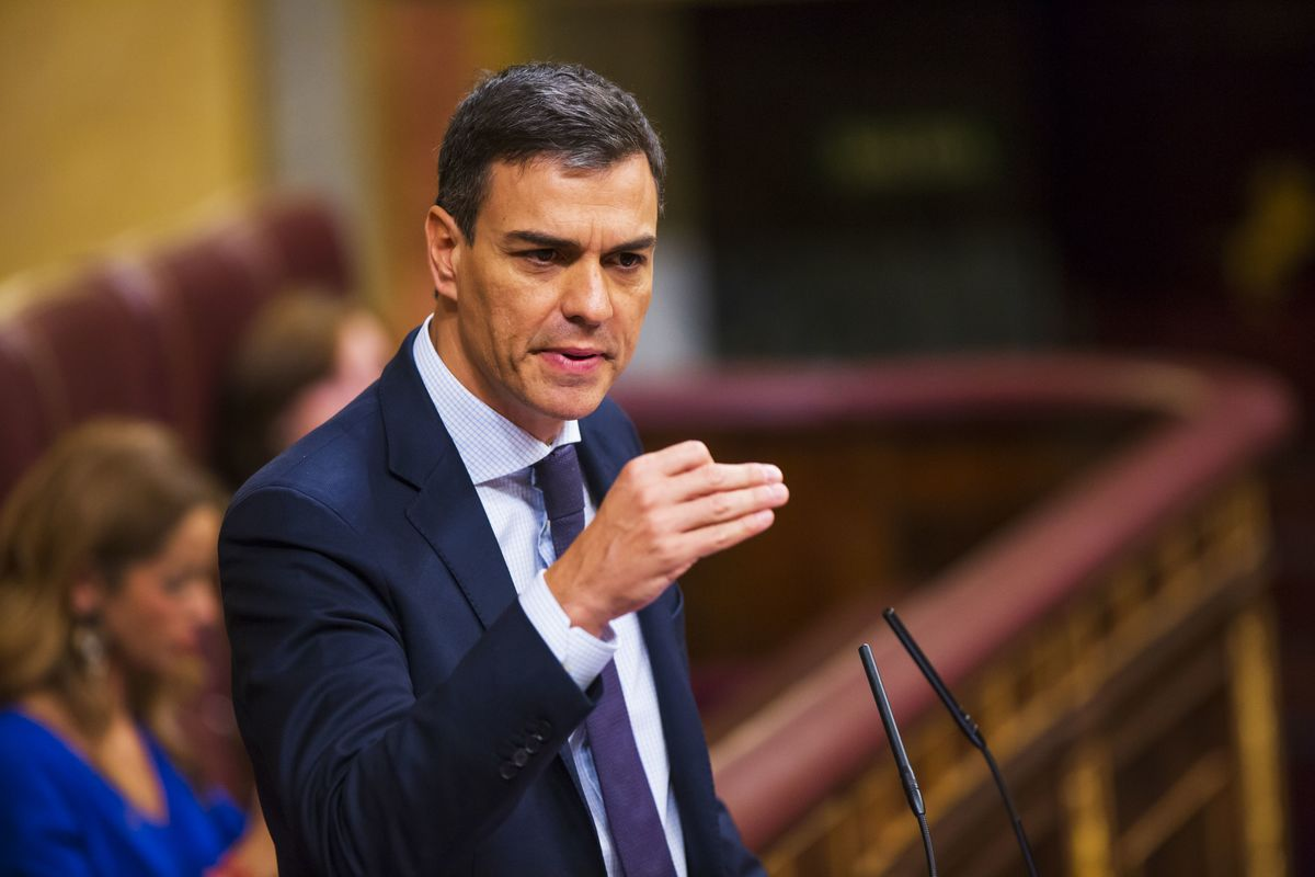 Spain's Sanchez Abandons His Pledge to Call Early Elections