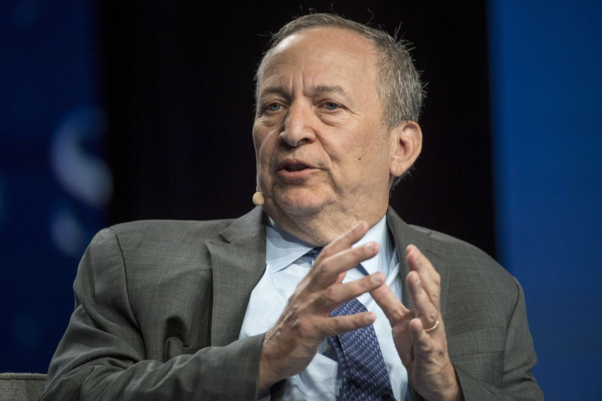 Larry Summers Says Central Bankers Confront a 'Black Hole' for Policy