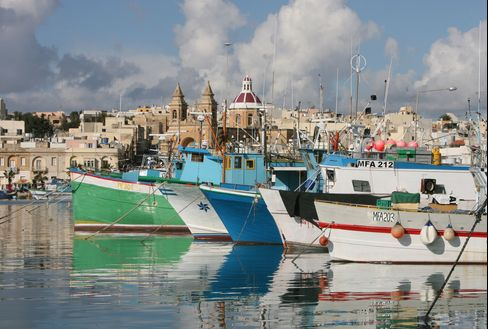 Italy Hedge Fund Stars, Chefs Lured by Malta Climate