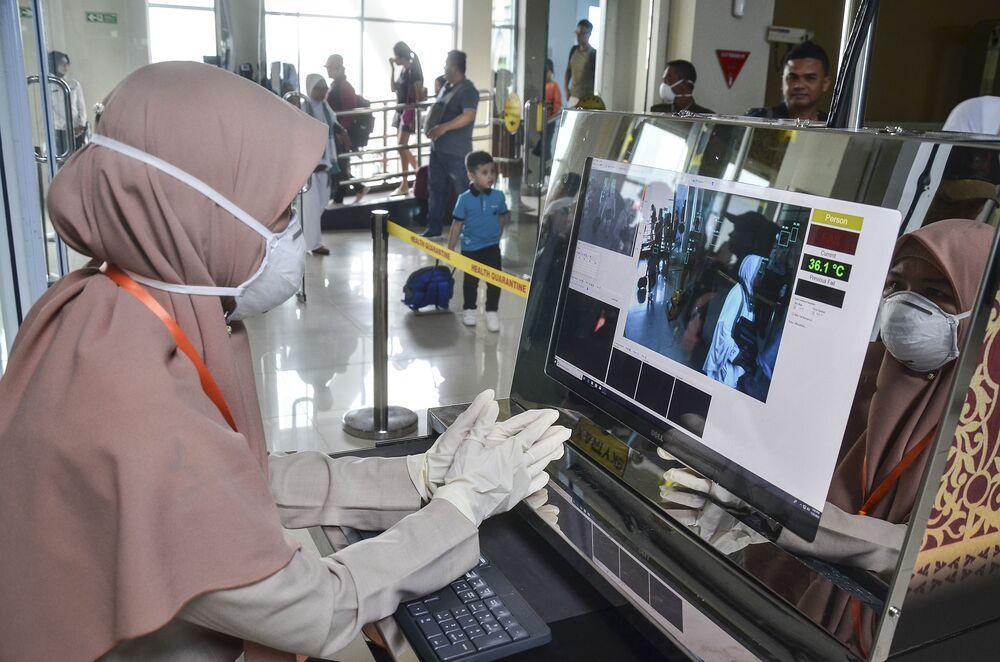 インドネシア コロナ 感染 者 数