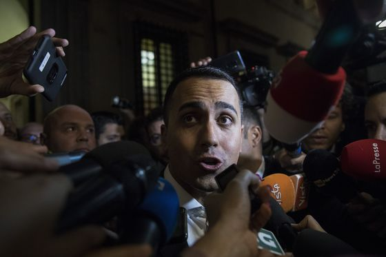 Di Maio says Italy won't move a 'Millimeter' on Spending Plans