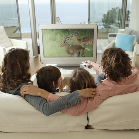 TV Couch Potatoes May Be Heading for Early Deaths, Report