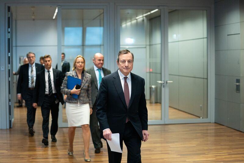 """Ήταν λίγο μίζερο το """"δώρο"""" του Draghi"""