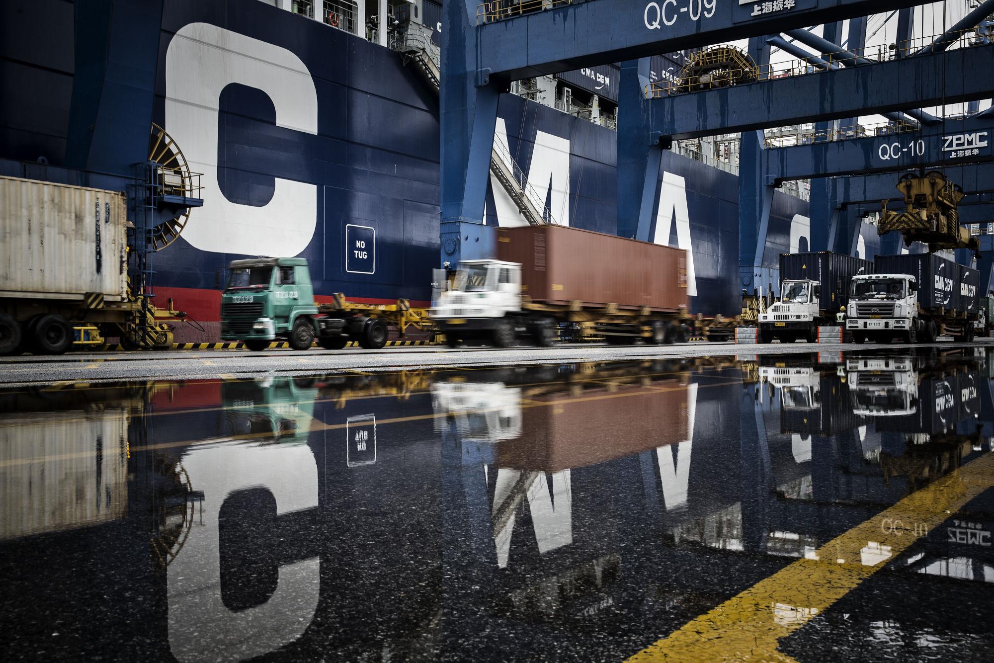 bloomberg.com - U.S. China Trade War: Analysis of Latest Developments