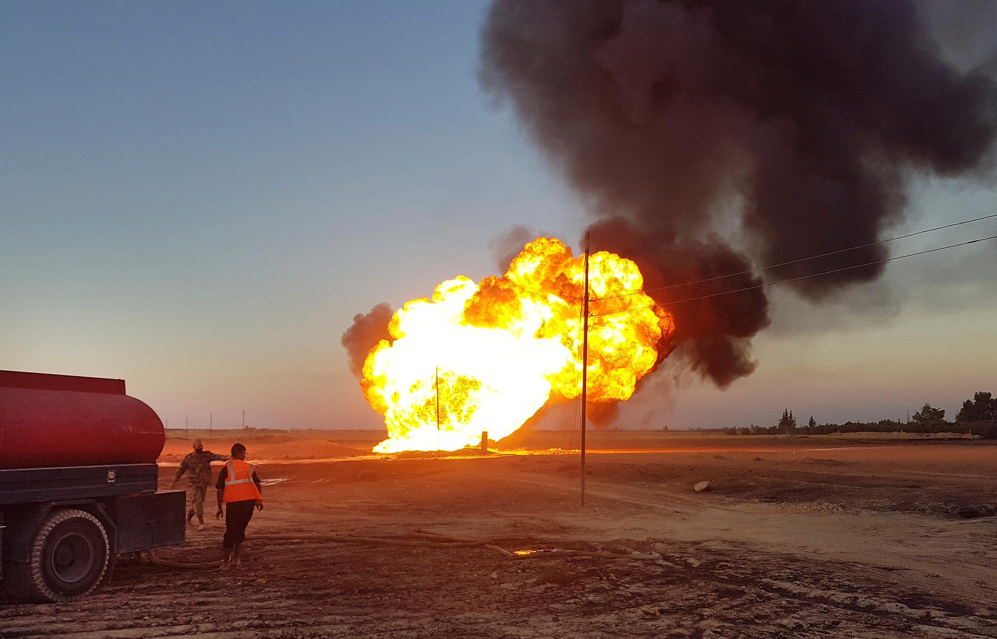 シリアで天然ガスパイプライン爆発、テロの可能性も-国営通信 - Bloomberg
