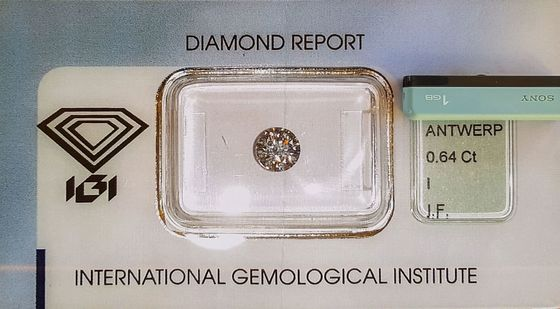 Diamond Scam Probe Reopens Scandal Italian Banks Want to Forget