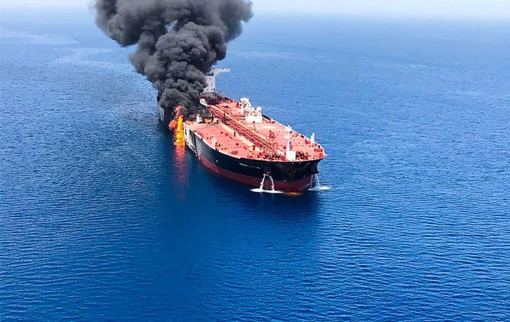 Hormuz Tanker Attacks Threaten LNG Shipments Too - Bloomberg