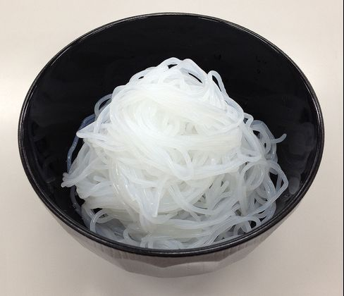 Omikenshi's noodles made from a mixture of cellulose pulp and konjac plant