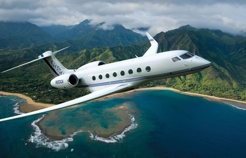 Telefonica Said to Sell Gulfstream Jets as Part of Spending Cuts