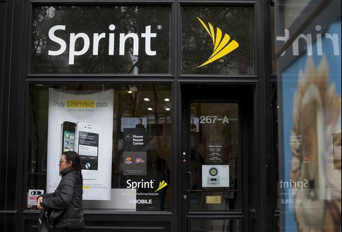 SoftBank-Sprint Deal Said Close to National-Security Approval