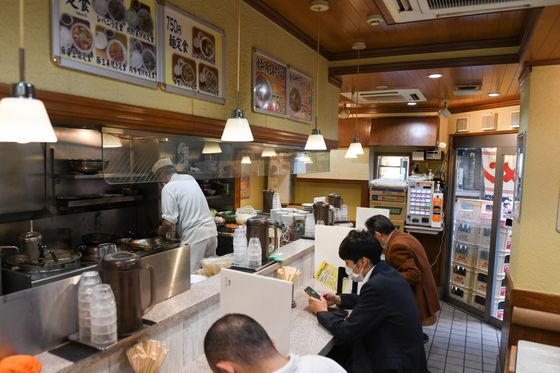 Tokyo's Tiny Noodle Bars Shut Down Rather Than Put Up Prices