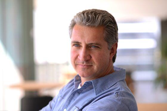 Julius Baer Weighs Opening U.S. Business, Buying LatAm Firms