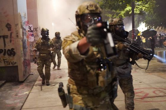 Protesters' Clashes With Federal Police Scar Businesses
