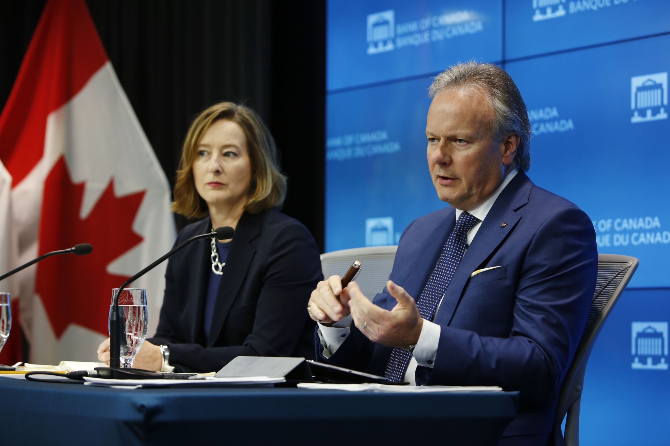 Stephen Poloz and Carolyn Wilkins at a press conference on Wednesday.