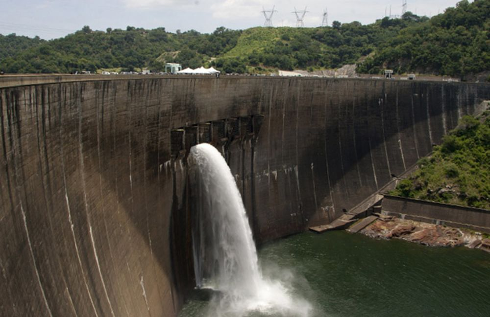 Drought Forces Zambia and Zimbabwe to Cut Hydropower Output